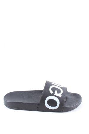 Hugo Boss Sandały plażowe czarny-biały Wydrukowane logo W stylu casual