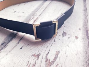 Hugo Boss Cinturón negro-color oro