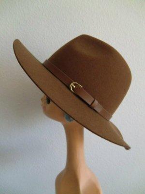 Chapeau en feutre brun