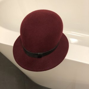 DKNY Bowler Hat bordeaux