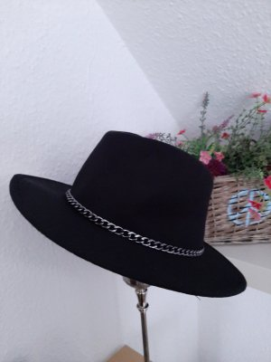 Zara Felt Hat black