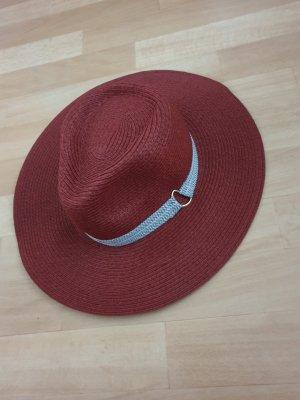 Chapeau de soleil rouille