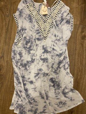 Sukienka plażowa błękitny-biały
