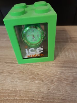 Ice watch Analog Watch green-neon green