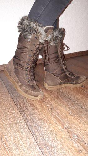 Ich verkaufe ein paar sehr schöne, warme Stiefel in Größe 37 von Esprit!