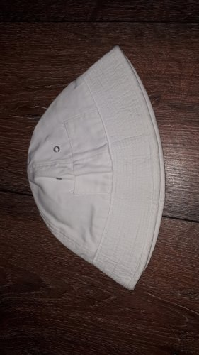 Adidas Bucket Hat white