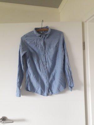 Ich verkaufe eine Bluse ;)