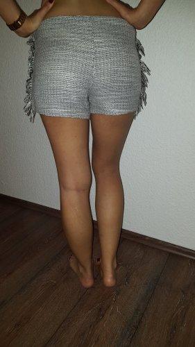 Ich verkaufe eine sehr schöne Shorts in Größe 36 von Mango!