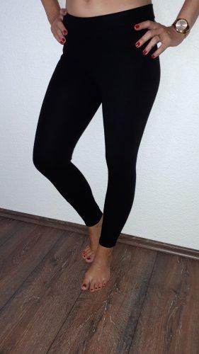 Ich verkaufe eine super schöne Leggings in Größe XS von Esprit!