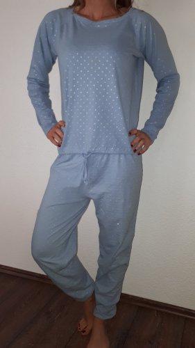 Janina Pijama azul celeste-color plata