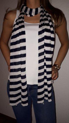 Ich verkaufe einen sehr schönen XXL Schal von More&More!