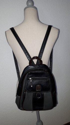 Ich verkaufe einen super schönen Rucksack von Phoenix Collection!