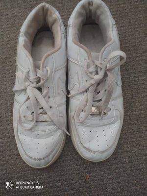 ich verkaufe meine nike Schuhe