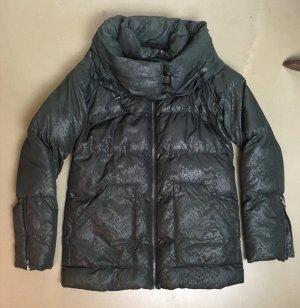* ICHI * STEPPJACKE Polyester schwarz dezentes MUSTER großer Kragen Gr S  38 36