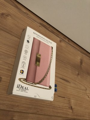 iDeal of Sweden Clutch
