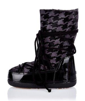 Ikkii Futrzane buty czarny-czerwona jeżyna