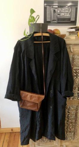 In einem Berliner 2nd Hand Shop in Berlin ergattert. Oversized Mantel. Fashion Lover Must Have