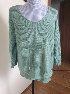 Infinity Pullover