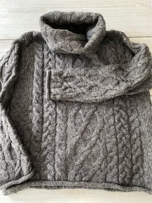 Inis Crafts Cable Sweater anthracite wool