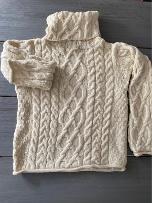 Inis Crafts Cable Sweater natural white wool