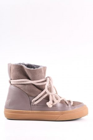 Inuikii Fur Boots light grey-brown casual look