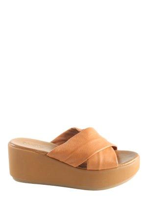 Inuovo Sandales à talons hauts et plateforme brun style décontracté