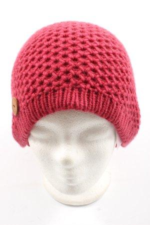 inverni Crochet Cap red casual look