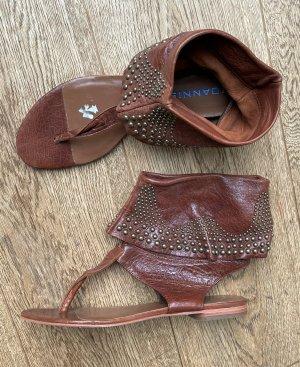 * IOANNIS * ZEHEN TRENNER Knöchel Sandale Leder braun Nieten bronze Gr 41