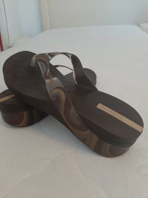 Ipanema High-Heeled Toe-Post Sandals brown