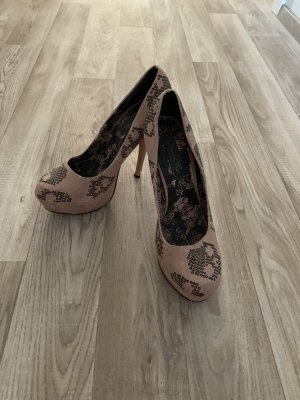Iron Fist Plateu High Heels