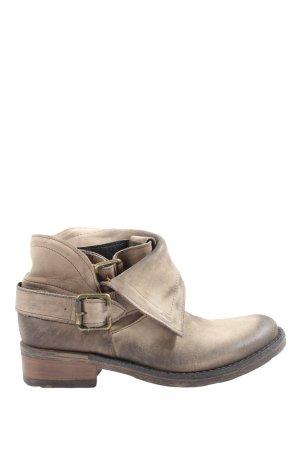 Isabel Krótkie buty brązowy W stylu casual