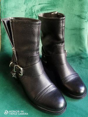 ISABEL LICARDI Boots