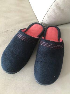 Isotoner Hausschuhe Schuhe Gr. 40, wie NEU