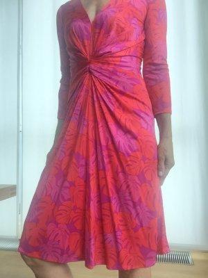 ISSA, drapiertes Printkleid in magenta und pink, Seidenjersey, Gr. 34