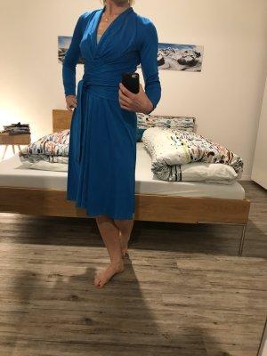 Issa London Kopertowa sukienka niebieski