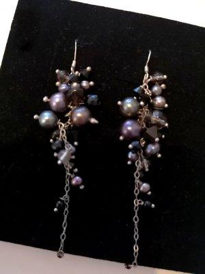 It Piece Waterfall Pearls Ohrhänger aus Sterlingsilber in schwarz/grau von AGATHA PARIS