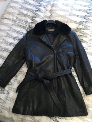 Vittoria Verani Abrigo de cuero negro