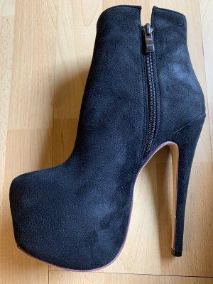 0039 Italy Botas de tobillo negro