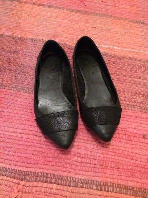 Italian Shoes Ballerina's met kant zwart