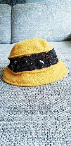Chapeau en feutre brun sable