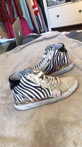 Italienische Sneaker aus Leder