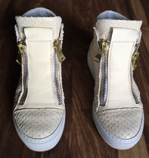 Italienische Sneakers Creme weis