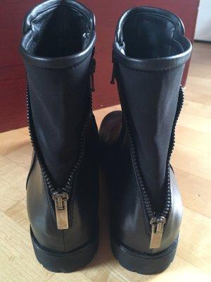 BP Studio Zipper Booties black