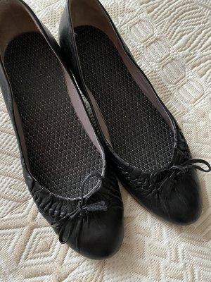 0039 Italy Escarpin compensé noir cuir