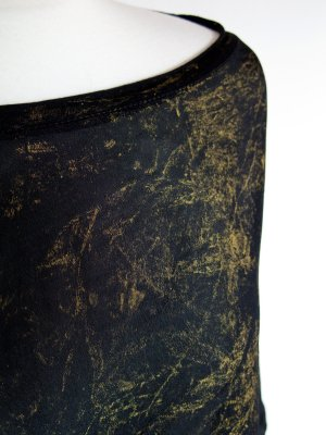 Italy ausgefallene Oversizebluse schwarz mit goldenen Verzierhungen