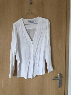 IvyRevel Bluse mit V-Ausschnitt & versteckter Knopfleiste