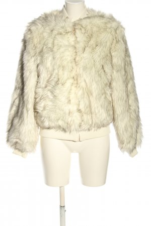 Ivyrevel Fake Fur Jacket cream casual look