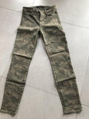 J Brand Cropped Skinny Pants Gr 25