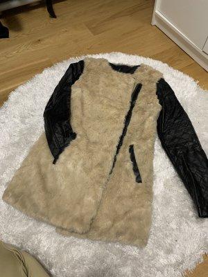 Veste en cuir synthétique brun sable-noir