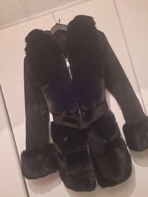 Futrzana kurtka czarny